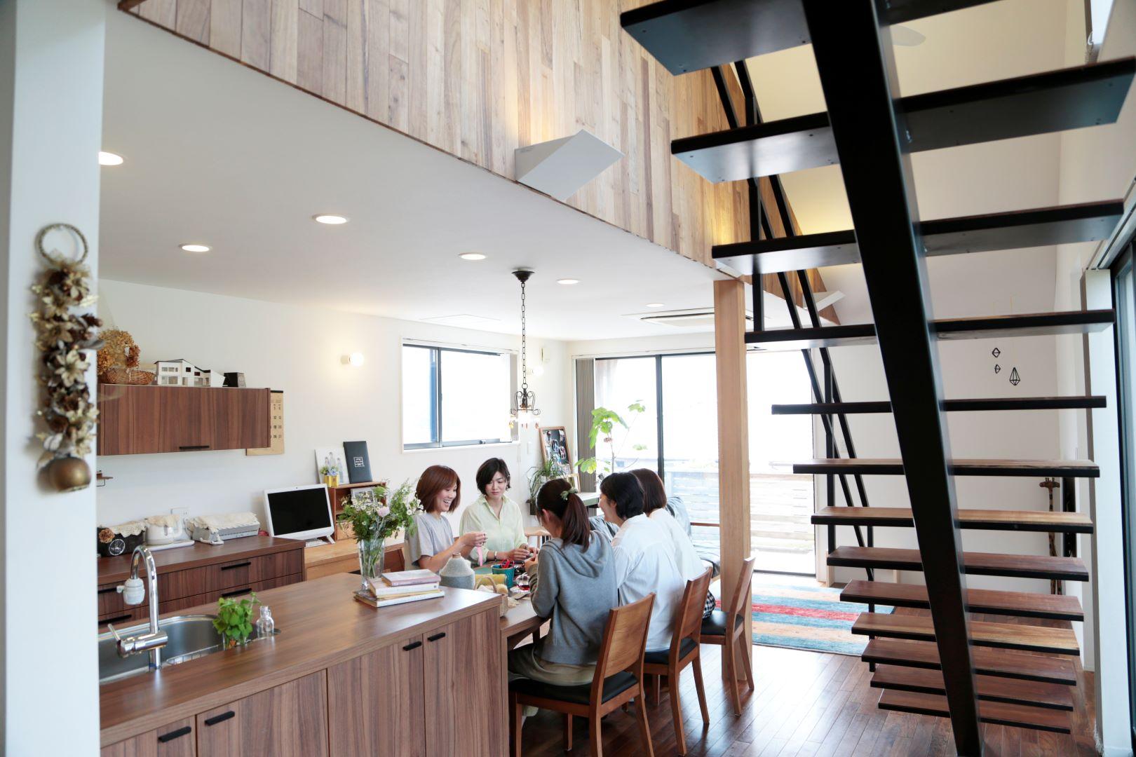 A+CRAFT HOME -水彩プラザ 新栄町店-